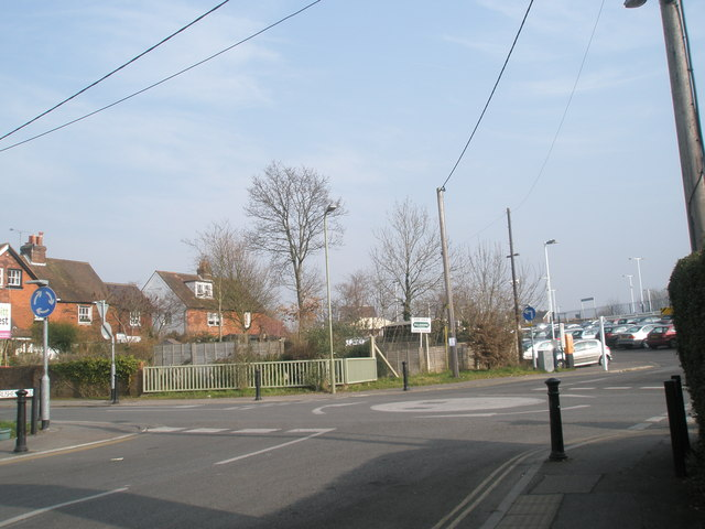 Roundabout near the station car park