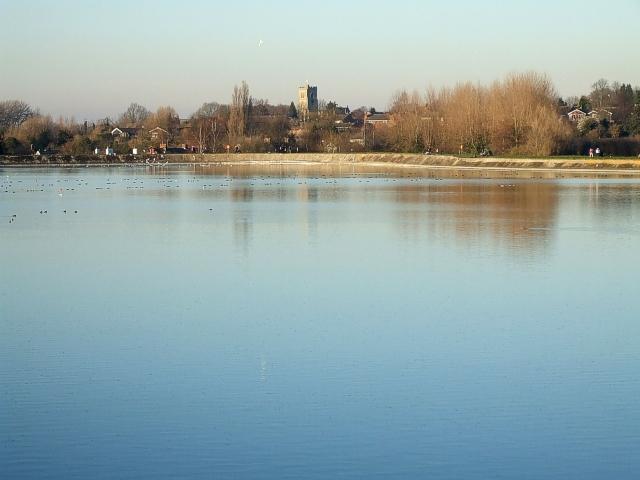 Marsworth across Startopsend Reservoir