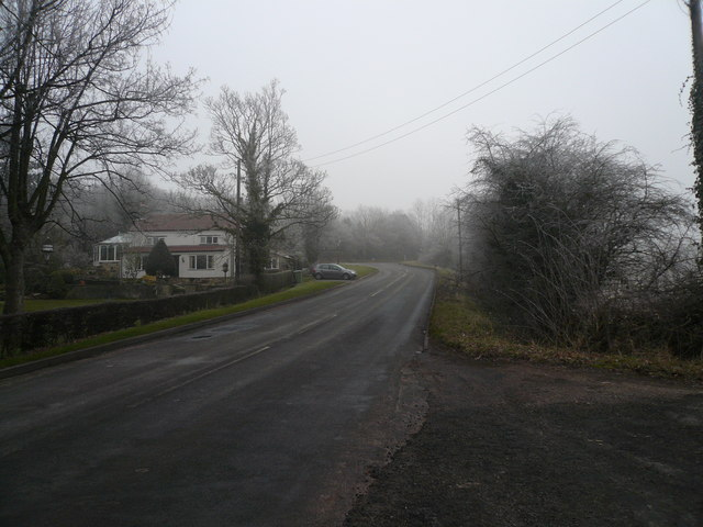 Spinkhill Road - View towards Junction