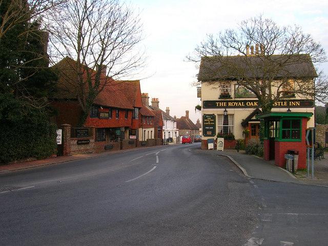 Royal Oak & Castle Inn, High Street