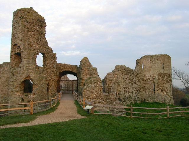 Gatehouse, Pevensey Castle