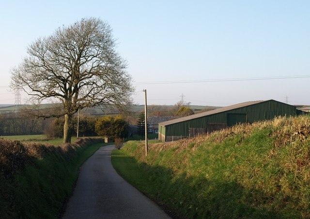 Approaching East Bridge Farm