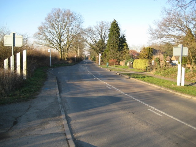 Wood Street Village: Frog Grove Lane