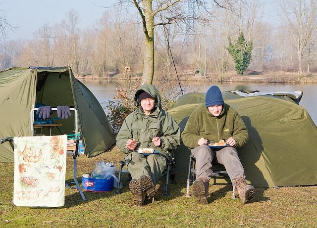 Night fishermen breakfasting on Broadlands Lake, Nursling