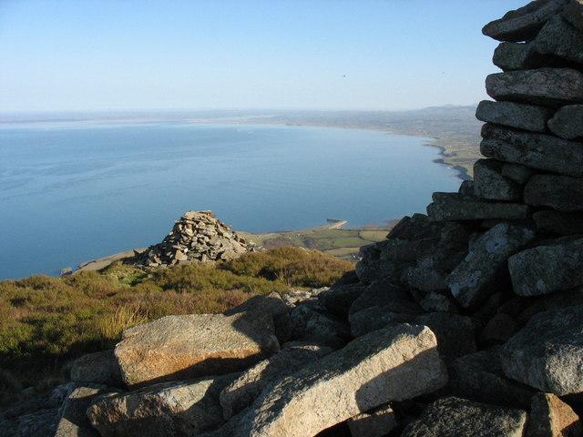 The summit cairns of Mynydd y Gwaith