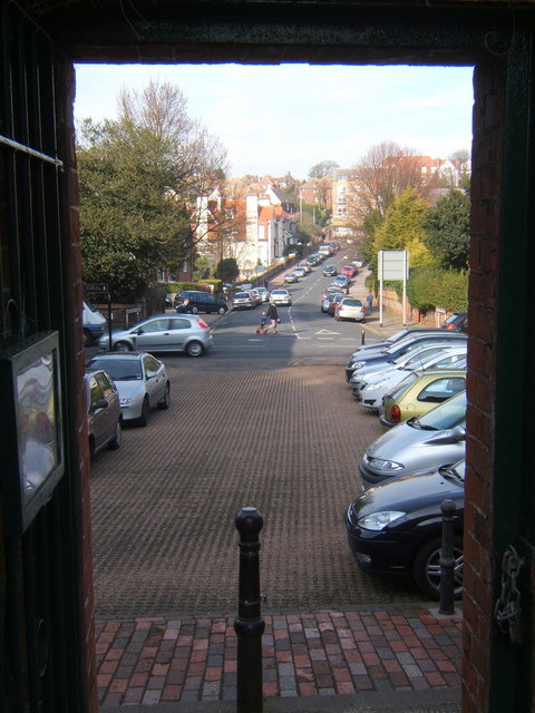 Looking along Moat Croft Road, Eastbourne, from Gildredge Park gateway