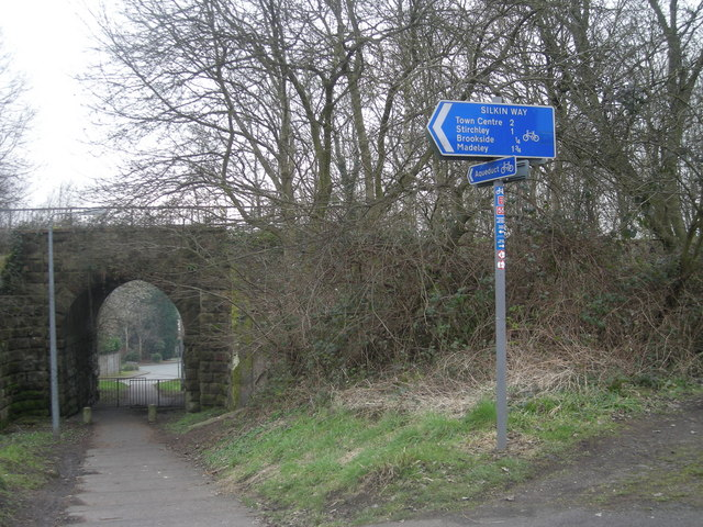 Signpost for the Silkin Way - Sustrans R55