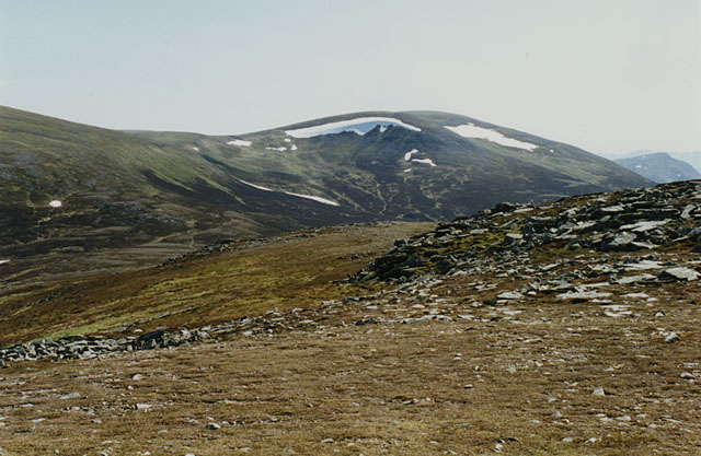 The south ridge of Geal Charn