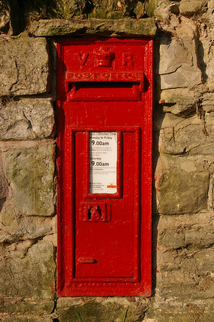 Post box, Burrington