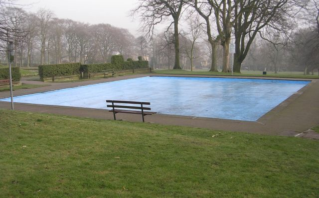 Empty Paddling Pool - Manor Heath Park, Halifax