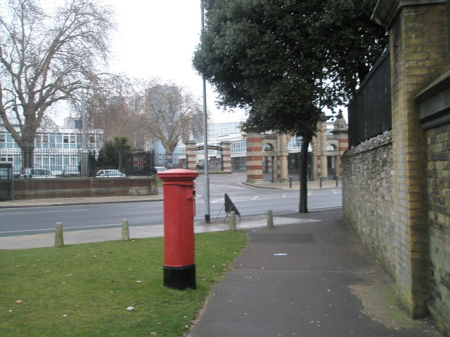 Post box on corner of Lion Terrace and Queen Street