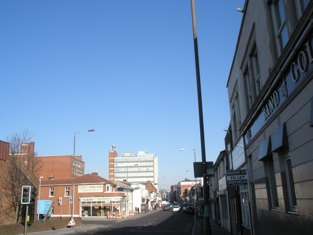 Looking north up Fratton Road