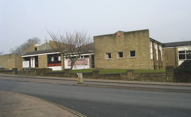 St Andrew's Methodist Church - Huddersfield Road