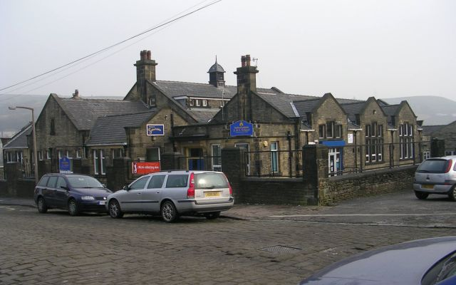 Salterhebble Junior & Infants School - Stafford Square
