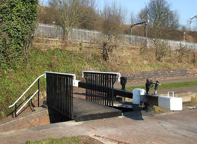 Wolverhampton Locks No 17