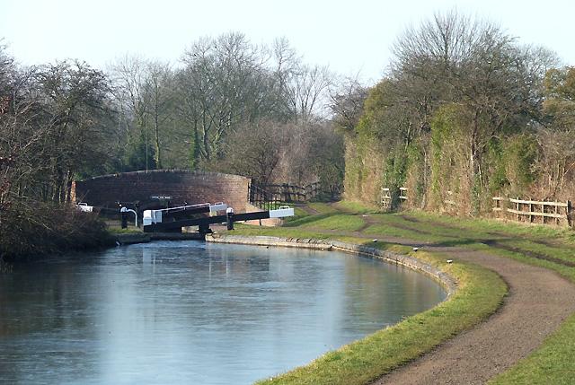 Towards Wolverhampton Lock No 19