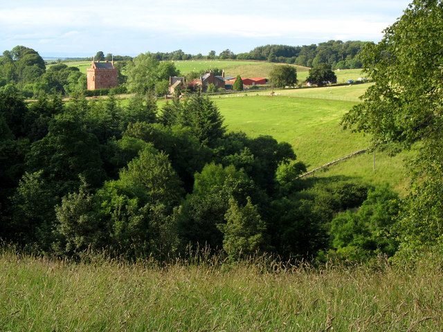 Stoneypath Tower & cottages