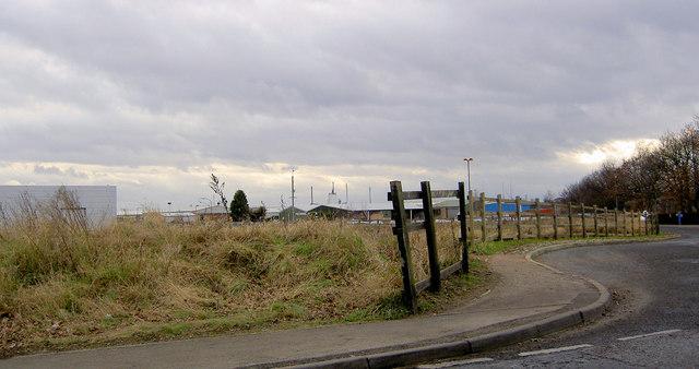 Fence near Kirk Sandall railway station
