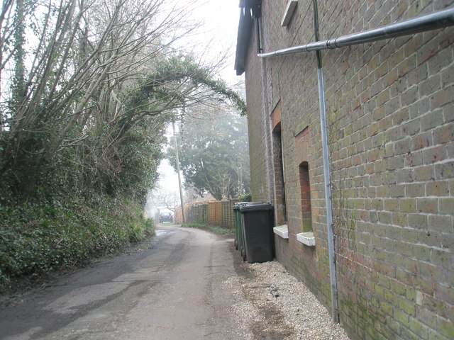 Alleyway from Tilmore Road