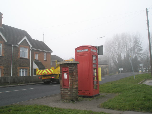 Phone box at the bottom of Bell Hill