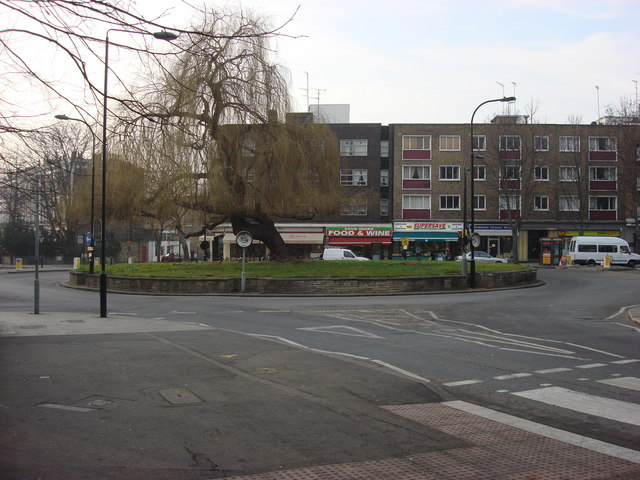Roundabout on Belsize Rd