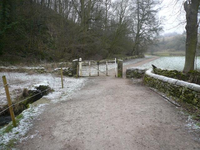 Alport - Entrance to riverside walk to Bradford