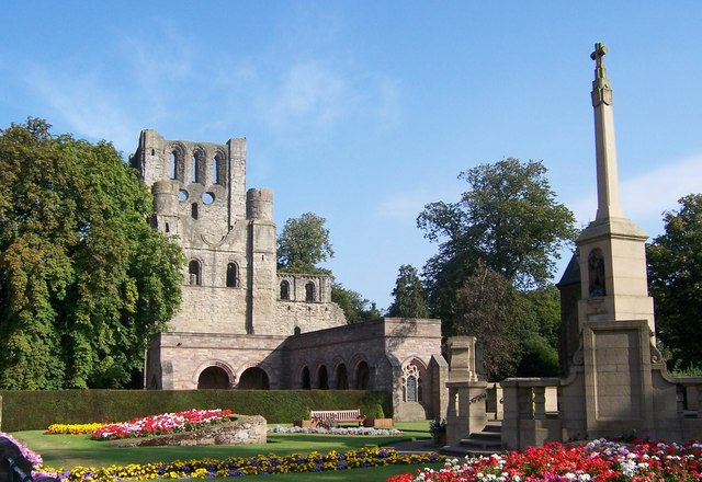 Kelso Abbey ruins and gardens