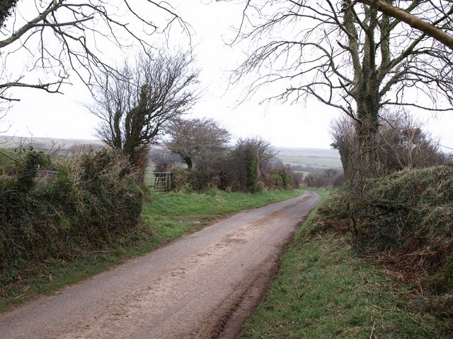 Lane to St Cleher