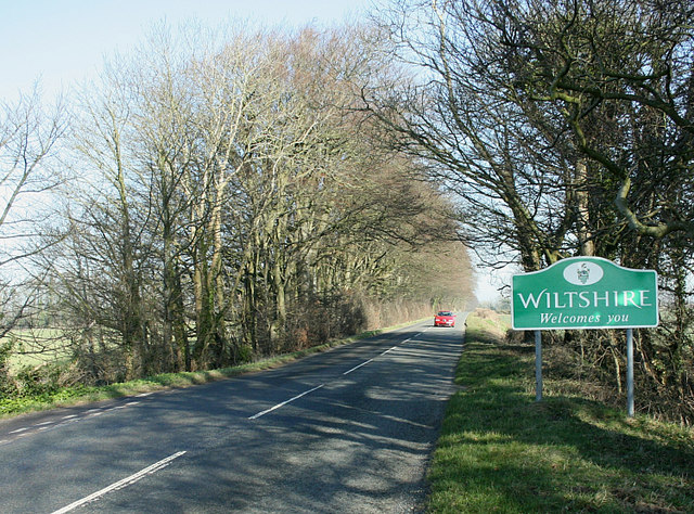 2008 : Wiltshire Border sign on the Fosse Way