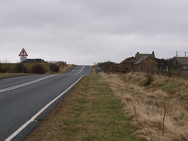 Calais House and the A171