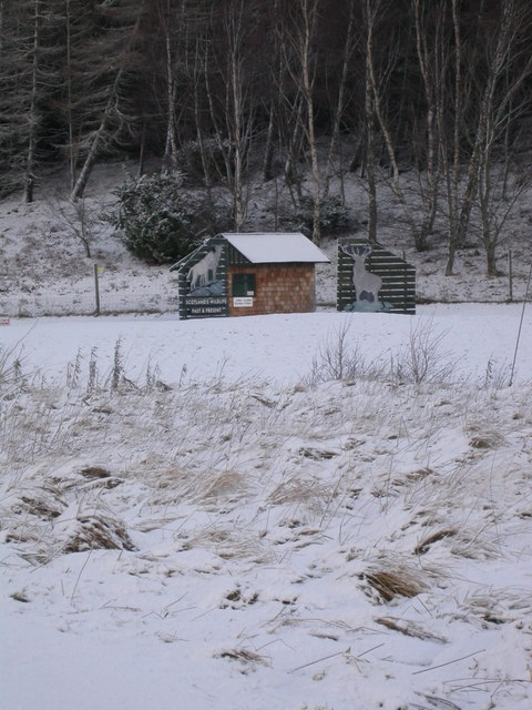 Highland Wildlife Park entrance in snow