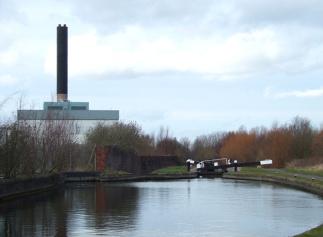 Wolverhampton Lock No 6 and Incinerator