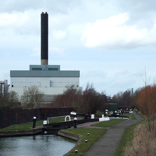 Incinerator and Flight of Locks, Wolverhampton