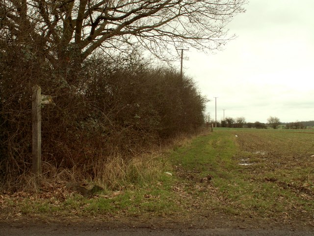 Public footpath by Blackmore Road
