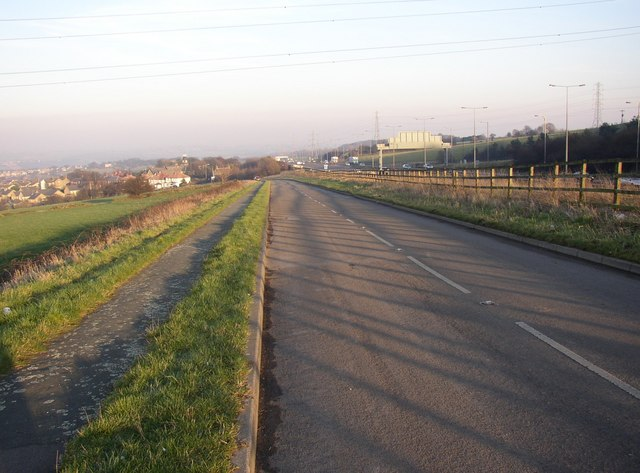 Diverted road, Pinfold Lane, Fixby