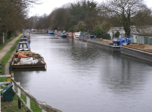 Grand Union Canal, Iver Lane