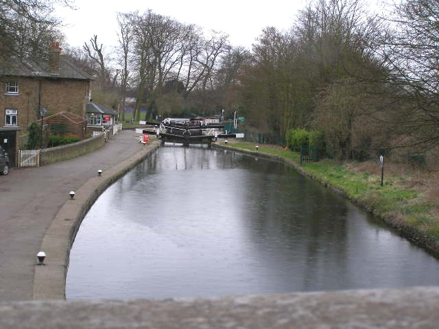 Cowley Lock, Grand Union Canal
