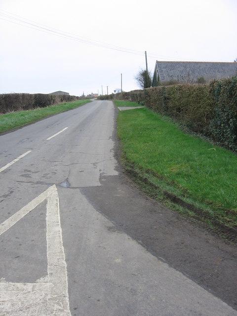 The road towards Picketston