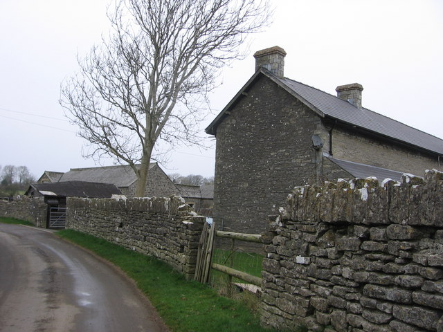 Farmhouse on road to Llandough