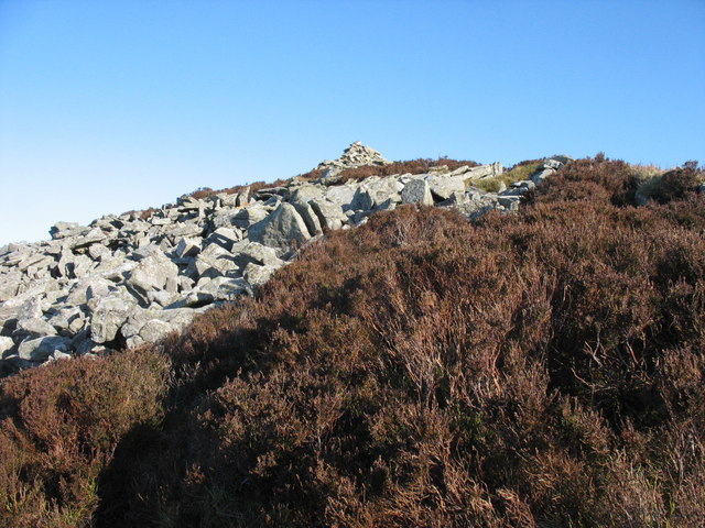 Approaching the summit of Mynydd y Gwaith