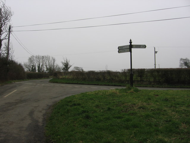 Signpost near Moorshead Farm