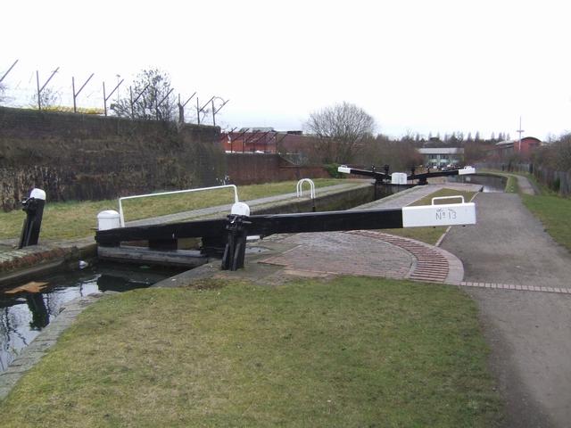 Wolverhampton Lock 13