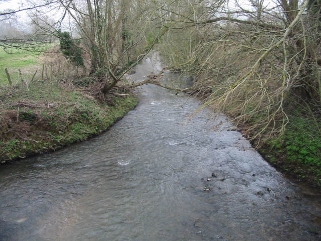 Looking E along the River Chew from Culverhay bridge