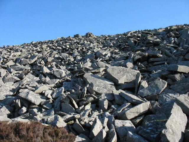 Boulder fall on the south-western side of the summit of Mynydd y Gwaith
