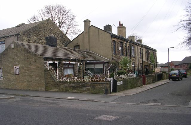 Firth Row - Bierley Lane