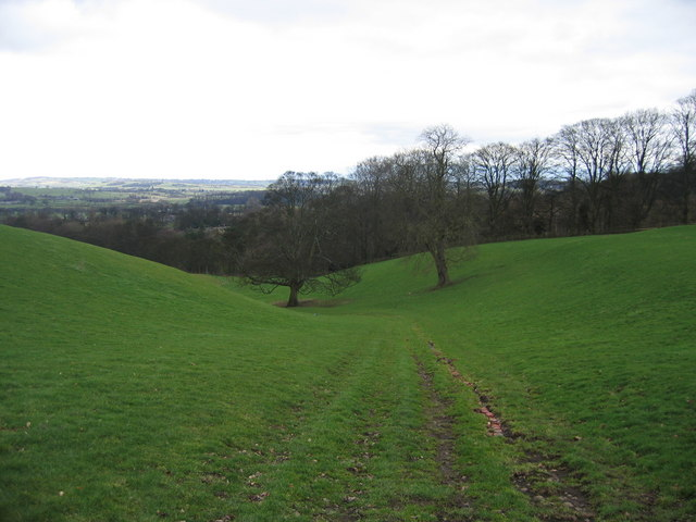 Footpath from Staircase Lane