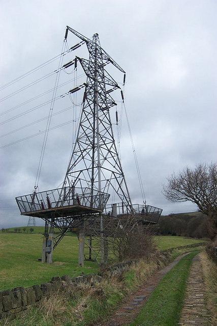 Pylon on Plains Lane, Elland