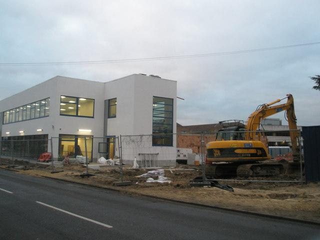 New building in Stockheath Road
