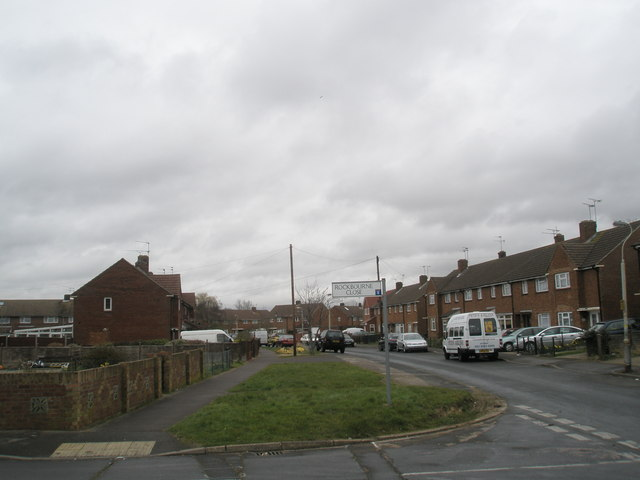 Junction of Rockbourne Close and Linkenholt Way