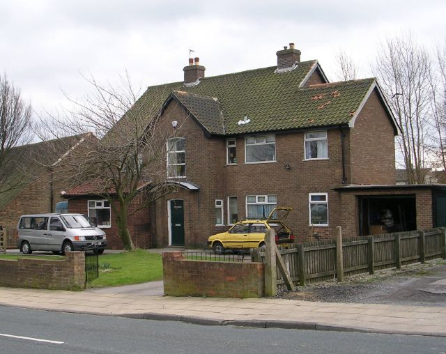 St Christopher's Vicarage - Holme Wood Road